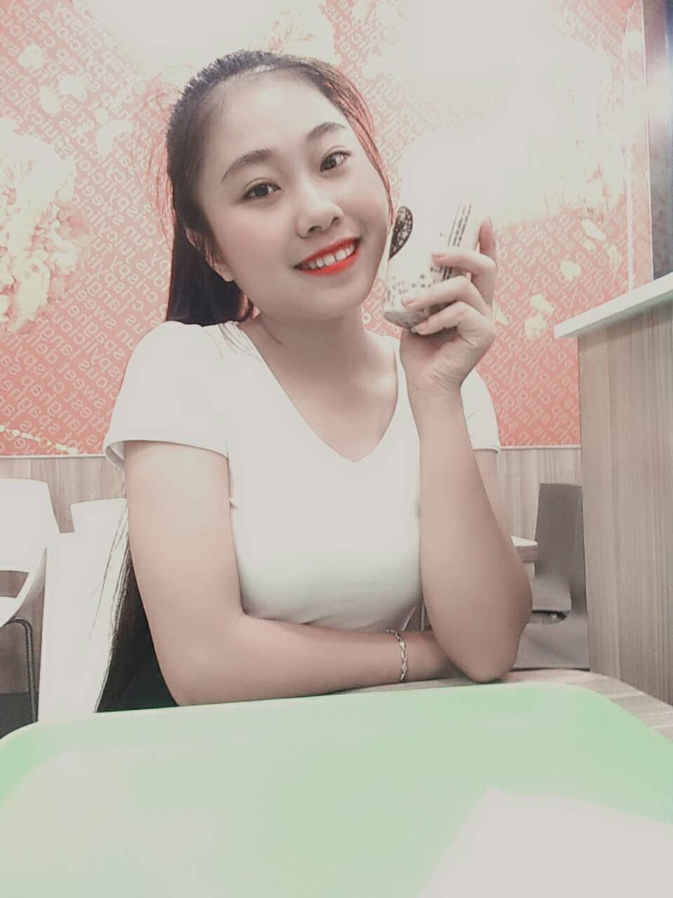 Mrs. Lan Hương